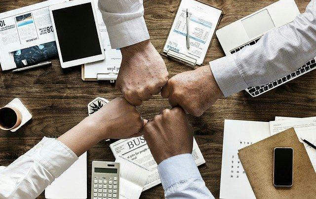 Czy warto skorzystać z usług agencji marketingowej?